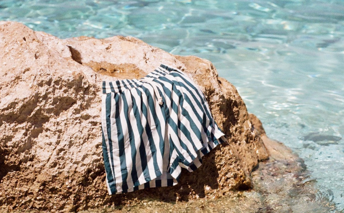 Men's bathing trunks: swimwear trends 2019